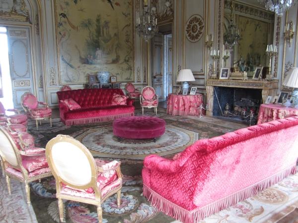 Chateau de Voisins Inside1
