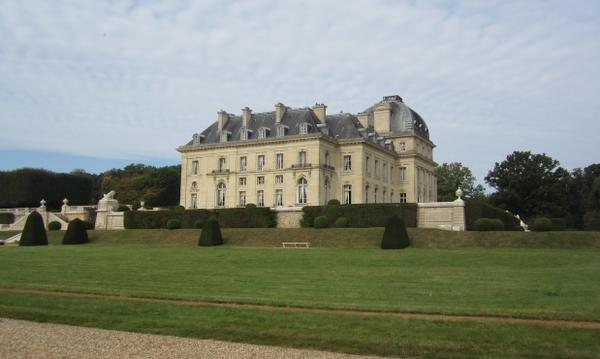 Chateau de Voisins2