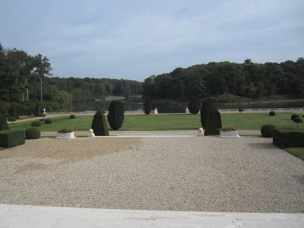 Chateau de Voisins3