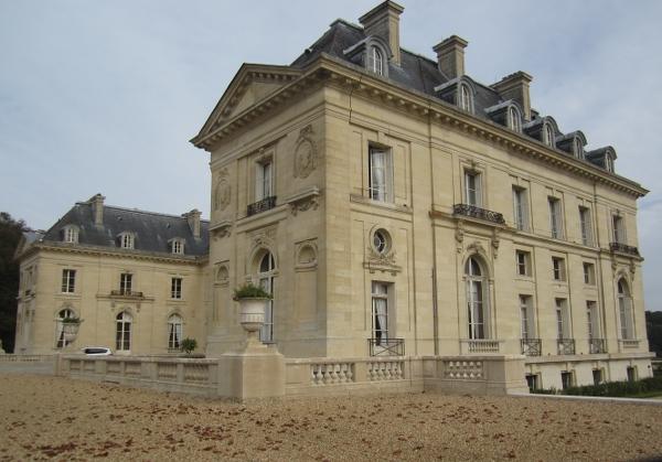 Chateau de Voisins4