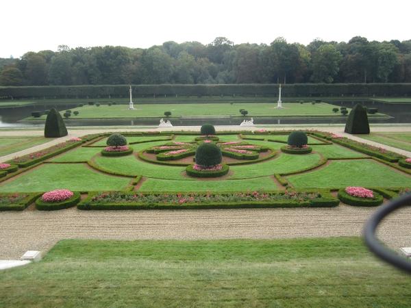 Chateau de Voisins5