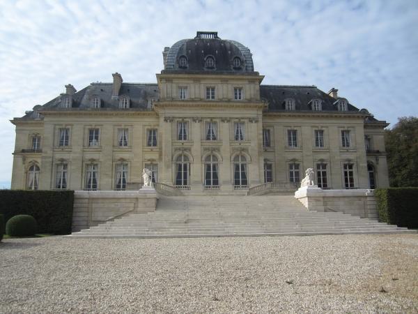Chateau de Voisins7