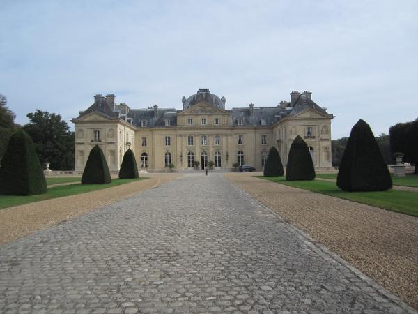 Chateau de Voisins9